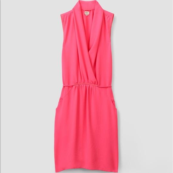 fdfe07a17c639 Aritzia Dresses & Skirts - Wilfred Artizia Coral Pink Sabine Wrap Dress S